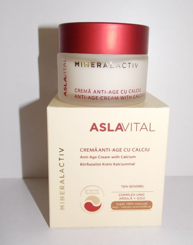 ANTI-AGE CREAM WITH CALCIUM 45+