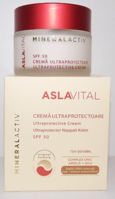 ULTRAPROTECTIVE CREAM SPF 50